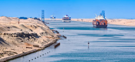 UAE banks look to Suez Canal projects